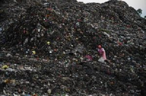Dumping of waste into landfill