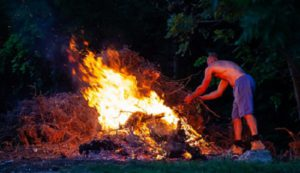 Burn to pile: A type of Incineration